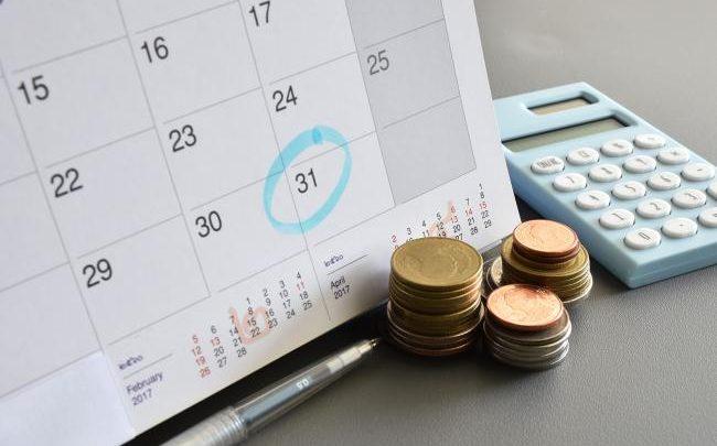 mengatur rencana keuangan