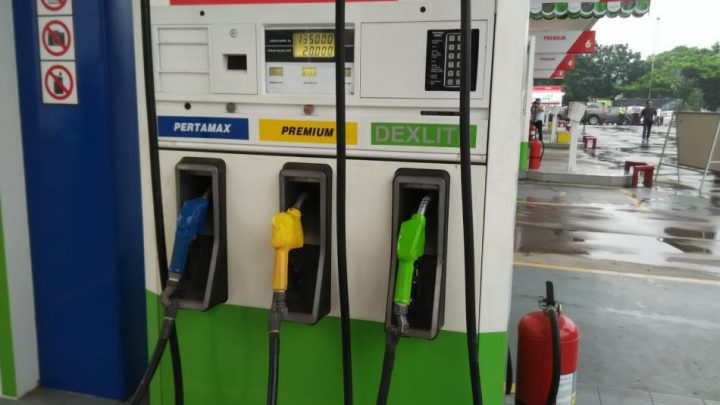 Warna hijau pada mesin pengisian bbm melambangkan Dexlite
